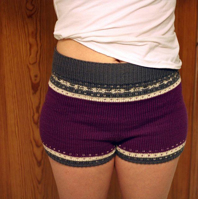 Alternative ting å strikke: Ullshorts « A wee bit knitty…