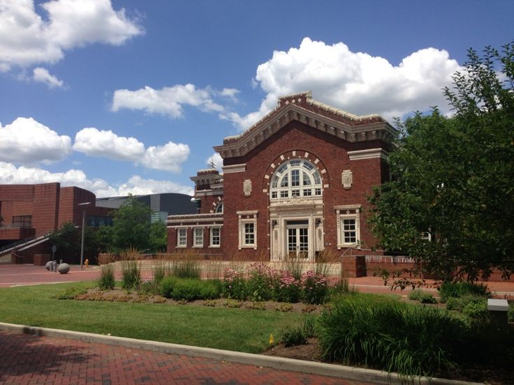 University of Cincinnati   *231 Albert Sabin Way  Cincinnati,  *OH 45267-0552  *www.med.ecu.edu  *comadmis@ucmail.uc.edu