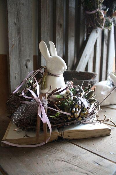 In der Hasenschule - Frühlingsdekoration von Frijda im Garten - Aus einer Idee wurde Leidenschaft auf DaWanda.com