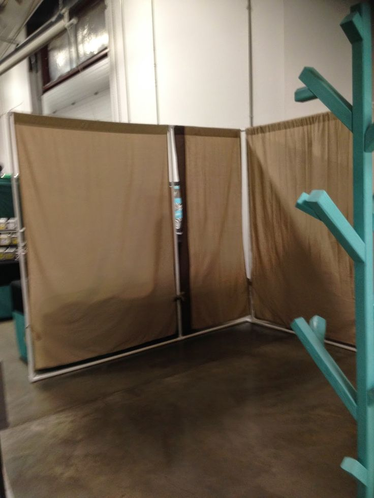 107 best art show booths images on pinterest craft booth for Battery operated lights for craft booth