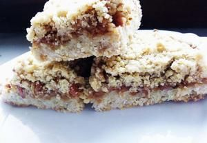 Jednoduchý drobenkový jablečný koláč - výborný