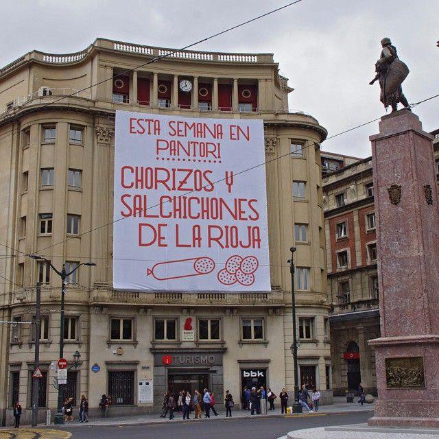 'Chorizos y salchichones de La Rioja' @ Plaza Circular, Bilbao.