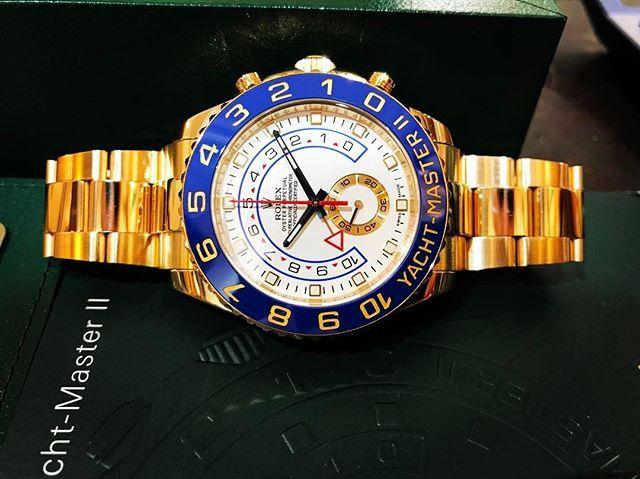 REPOST!!!  ROLEX YACHTMASTER II ➖Full Yellow GOLD ➖Blue Ceramic Bezel March 2014➖FULL SET. Prix sur demande par MP / Price on Request by PM. #rolex #rolexyachtmaster #yacht #watchporn #watchgeek #watches #watch #watchoftheday #instawatch #horlogy #luxury #luxurywatch #menstyle #watchgallery #uhren #collectingwatch #reloj #orologio #watchanish #billionaire #like4like #repost #olivineprestige #watchmania #wristporn #rolexpassionreport #hodinkee #watchaddict  repost   credit: ID…