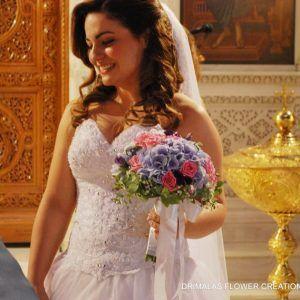 στολισμός γάμου μέ παιώνιες,γάμος μέ παιώνιες,νυφική ανθοδέσμη μέ παιώνιες