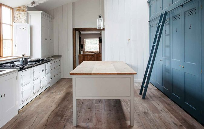 Dorset farmhouse kitchen inspired by Georgian joinery
