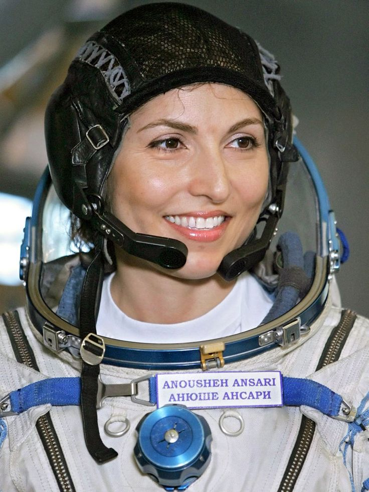 """Anousheh Ansari - Iran & Russia - 2006: In 2006, Anousheh became the first Muslim woman in space. When asked about what she hoped to achieve on her spaceflight, she said, """"I hope to inspire everyone -- especially young people, women and young girls all over the world and in Middle Eastern countries that do not provide women with the same opportunities as men -- to not give up their dreams and to pursue them."""" #womens #history #muslim #women in #science"""