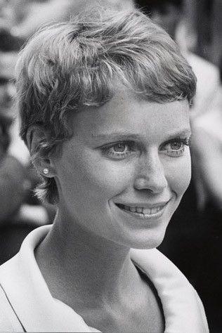 Mia Farrow (pixie)