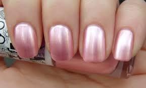 lichtroze nagellak - parelmoer