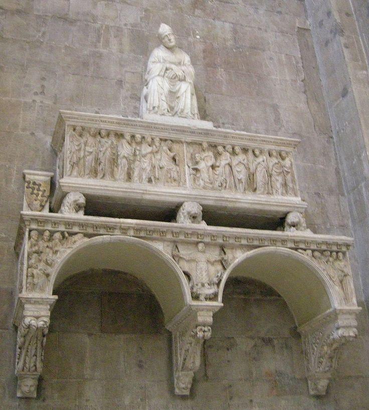 Tomba Antonio dell'Orso di Tino di Camaino - Cattedrale di Santa Maria del Fiore