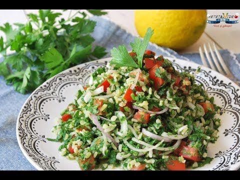 Salata Tabbouleh (Salata libaneza cu patrunjel, bulgur si rosii)