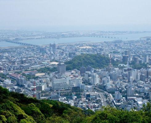 Oraşul care a fost şters de pe harta lumii, a devenit una dintre cele mai frumoase metropole din lume