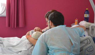 Tamaraceite: Una mujer da a luz en pleno atasco en Tamaraceite