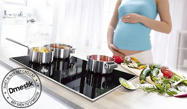 Bếp từ Dmestik giá rẻ có hệ điều chỉnh công suất bằng những con số chính xác, truyền nhiệt trực tiếp từ mặt kính lên đáy nồi và làm chín thức ăn nhanh chóng, không có sự nhiệt thoát ra bên ngoài,...
