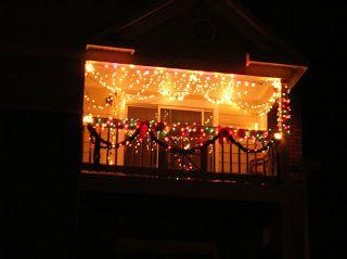Best 25 apartment balcony decorating ideas on pinterest for Apartment balcony christmas decoration ideas