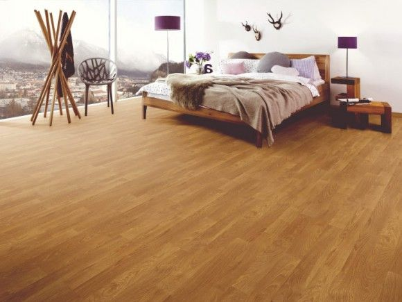 Oak Laminated Flooring   CTM