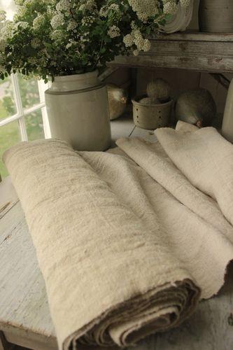 Wonderful freshly laundered bolt of antique European homespun ~ lovely slubby weave! Wonderful organic fabric , lovely natural oatmeal tone ! Ideal for upholstery, window treatments, pillows etc ~