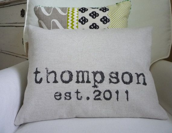Last name and wedding year: Pillows Covers, Gifts Ideas, Cute Ideas, Diy Gifts, Handmade Gifts, Personalized Pillows, Great Gifts, Families Names, Wedding Gifts
