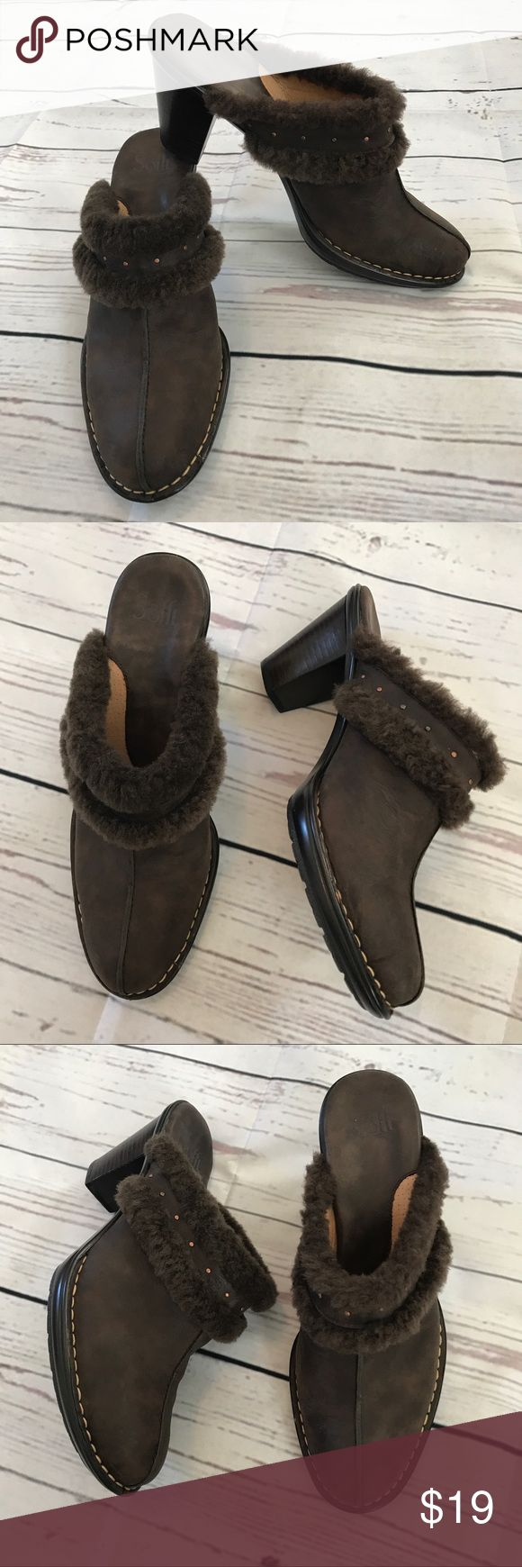 Sofft Heeled Mules Clogs Slip On Shoes Boot slip on style. Very comfortable. Great to wear with skirts, dresses or pants. Nice suede look. Sofft Shoes Mules & Clogs