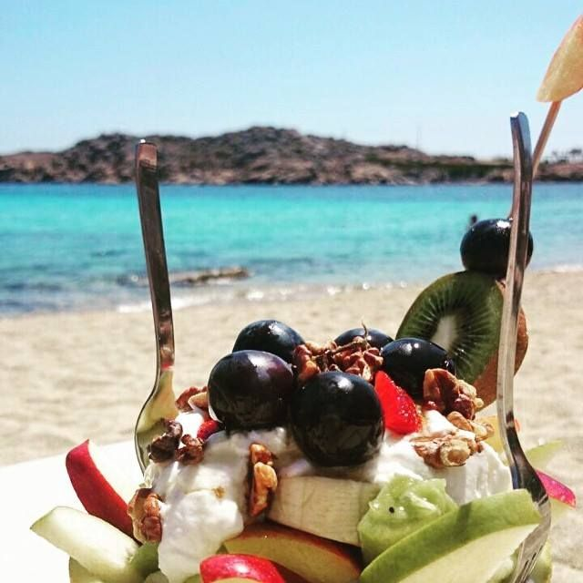 #Life 's #greatest #pleasures...  Can you really #resist?   #freshfruit #greekyogurt #aegeansea #Mykonos #cyclades #bestoftheday #photooftheday #healthyfood #beachlife #join #exotic #kaluamykonos
