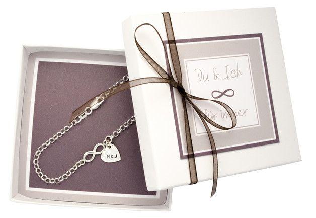 Brautschmuck - Infinity, 925 Silber Armband mit Gravur, Herz - ein Designerstück…