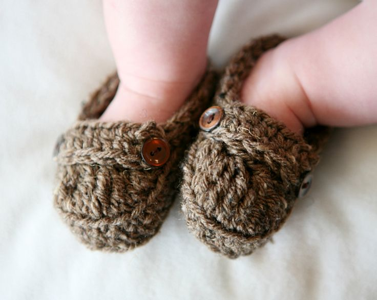 Adorable #knit baby loafers.