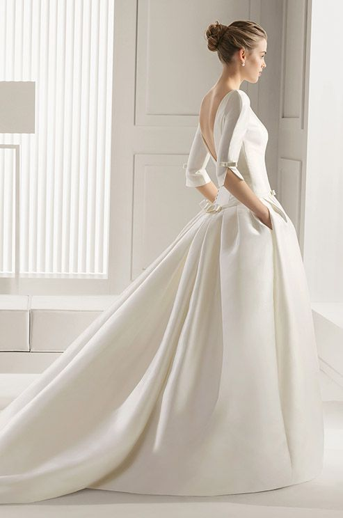 Such an elegant sleeves silk ball gown by Rosa Clara. #simple #style #wedding