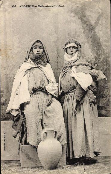 Postcard Algerien, Bédouines du Sud, Frauen in Volkstracht, Beduinen, Tonlrug, Maghreb