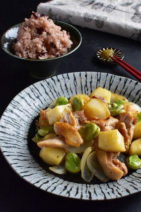 鶏むね肉が劇的にとぅる~んマジック。春野菜とチキンの和風レモン炒め|レシピブログ