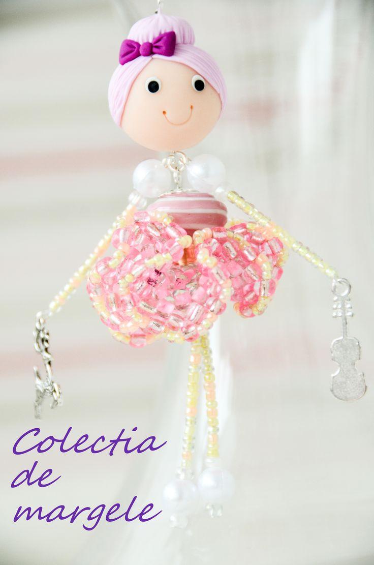 Bambola Pinkie Elfie by Colectia de margele  Please visit https://www.facebook.com/pages/Colectia-de-margele/1392796917646011