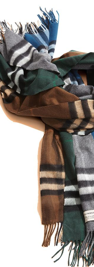 Burberry Mens Giant Icon Scarf