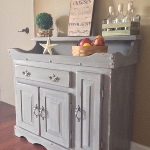 Hand Painted Dry Sink. Beautiful Grey Tones, White Washed And Distr.
