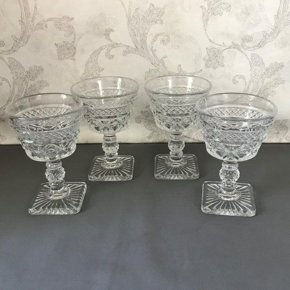 Set Of 4 Cocktail Glasses Wine Glasses Cape Cod Clear Ball Cocktail Glasses Vintage Drinking Glasses Wine Glasses