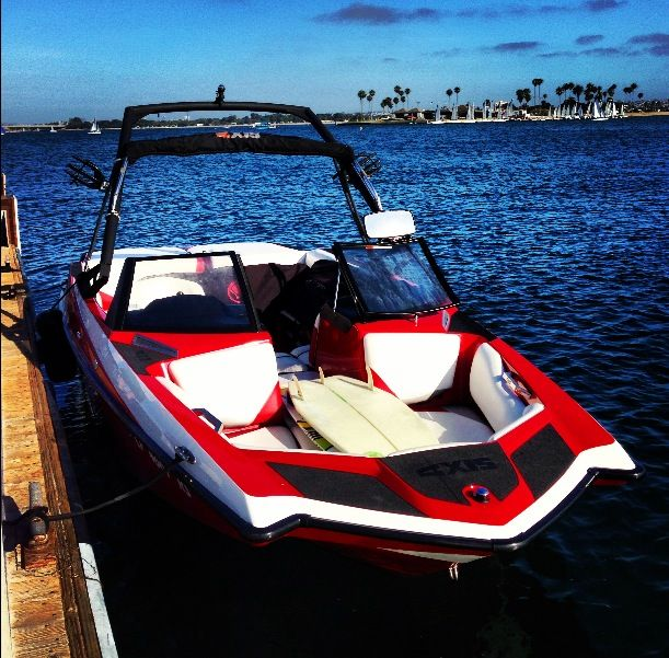 San Diego boat, bike and beach rentals on Mission Bay and Mission and Pacific Beach. Fun for the whole family! ( sailboat lessons)