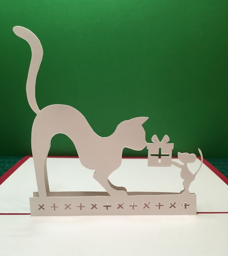 Cat and Mouse present  pop-up card (template from Cahier de Kirigami 9)