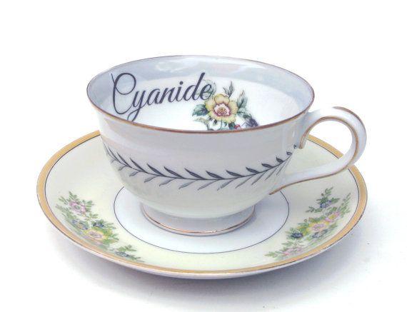 Cyanide Tea Cup 50€ Etsy https://www.etsy.com/es/listing/502072707/taza-de-te-vintage-alterado-veneno-del?ga_order=most_relevant&ga_search_type=all&ga_view_type=gallery&ga_search_query=poison%20tea%20cup&ref=sr_gallery_4
