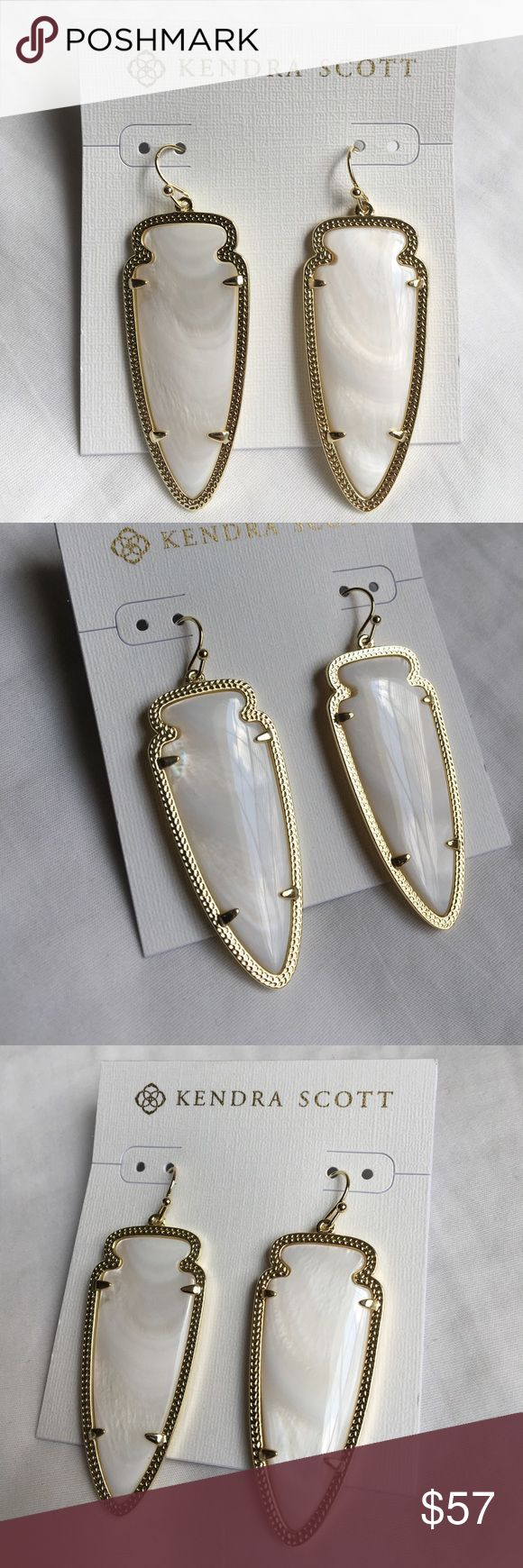Kendra Scott Skylar Gold Earrings in MOP Gorgeous pair of Kendra Scott Skylar gold earrings in mother of pearl. These are brand new and never been worn - in perfect condition. Please check photos for closeup and measurement. Comes with KS jewelry pouch. Kendra Scott Jewelry Earrings