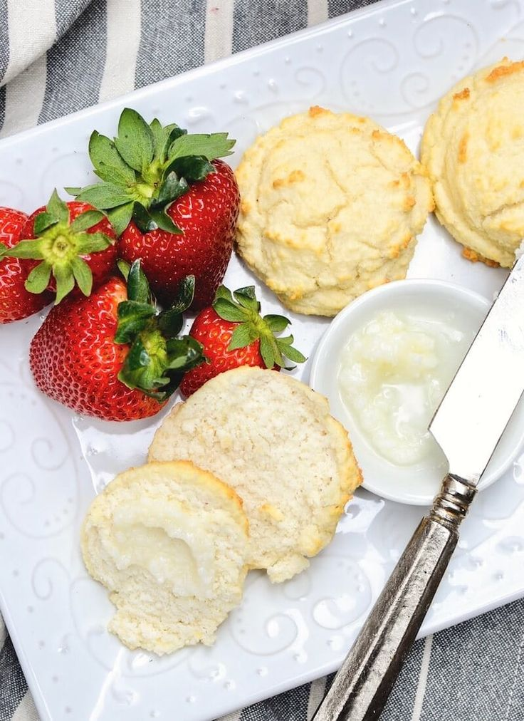 Southern Style Paleo Biscuits 3