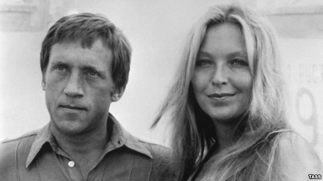 Vladimir Vysotsky and his wife, the French actress Marina Vlady.When The Legendary Soviet Bard Vladimir Vysotsky Hit Hollywood