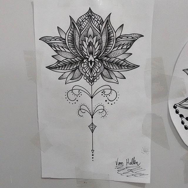 Disponível para tatuar, Flor de lótus ornamental, orçamento e agendamentos  27 998262449. #draw #desenho #flordelotus #ornamentais #pontilhismo #rastas #rastatattoo