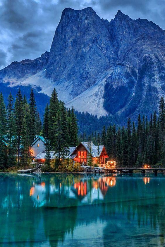 Emerald Lake, en Parque Nacional Yoho, Columbia Británica, Canadá