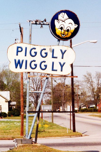 Piggly Wiggly, Dunn, NC, Mar. 2001 | Flickr - Photo Sharing!