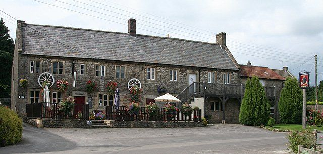 The Strode Arms, West Cranmore, Shepton Mallet, Somerset #dogfriendly