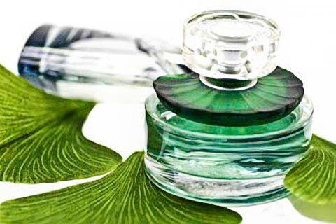 Parfum selber machen - Parfum Rezepte auf Alkoholbasis
