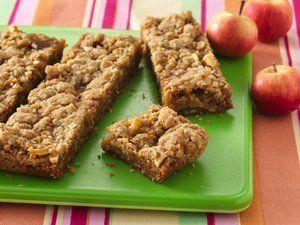 Easy Caramel Apple Bars: A simple tasty dessert!