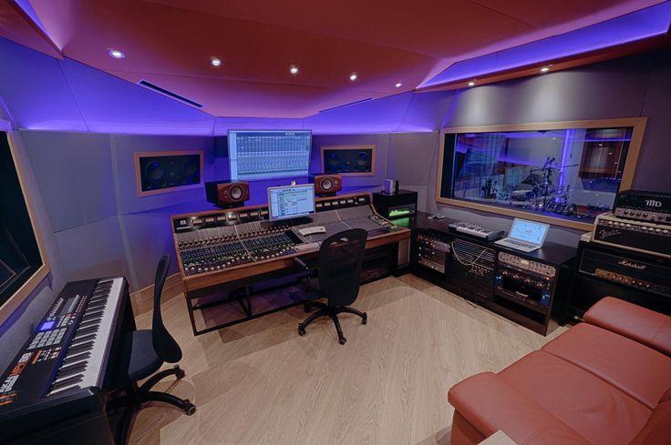 Auditoria | Records / recording studio
