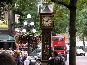 vancouver nightlife: gastown - Image Courtesy of Tourism Vancouver