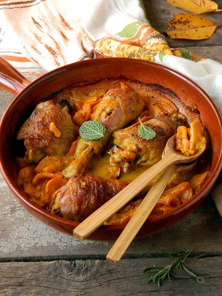 Ethiopian Slow Cooker Chicken, a lovely slow cooker recipe for chilly fall nights.