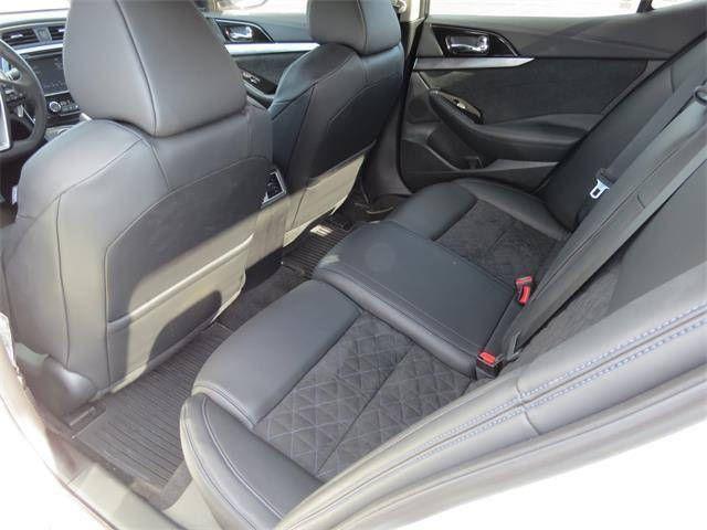 https://flic.kr/p/NiMYdV | 2016 Nissan Maxima 4dr Sdn 3.5 SR $32,433 | www.parisnissan.com/