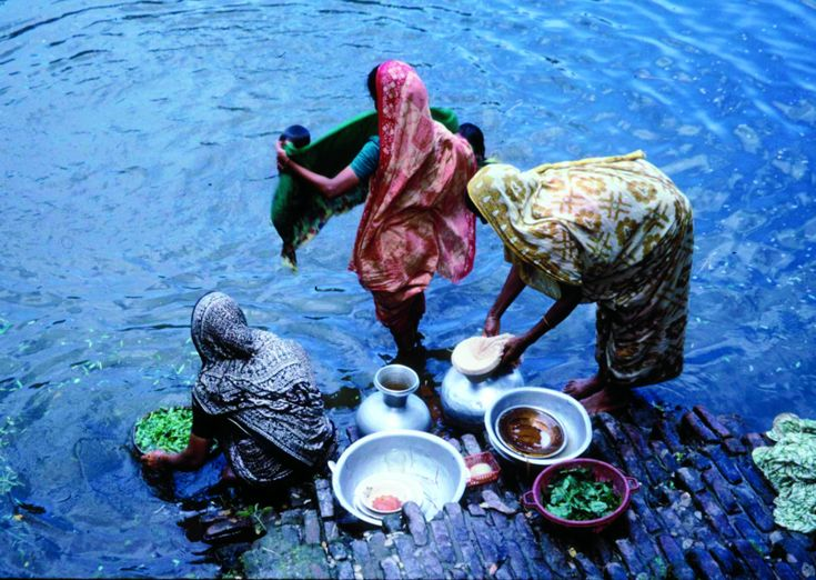 How simple cotton cloth can be used to filter water and save life.