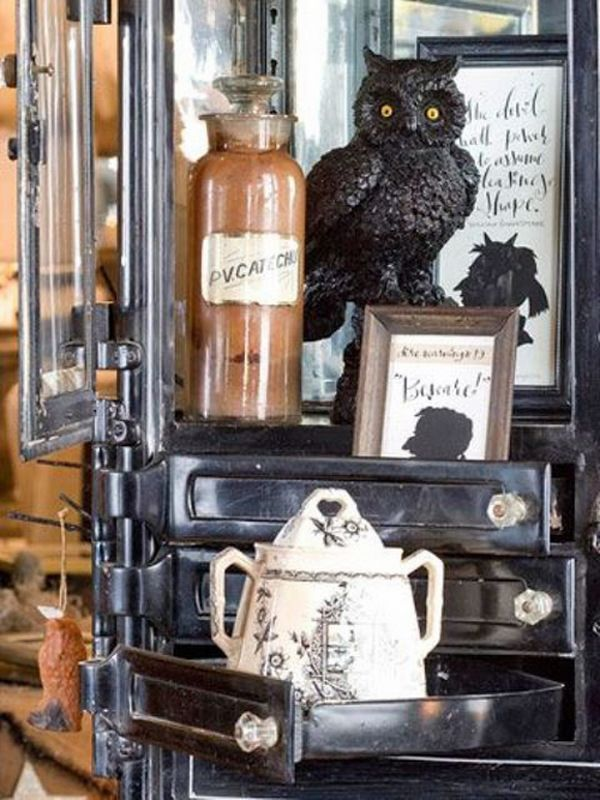 vintage halloween decorations ideas owl apothecary jar old pot picture frames